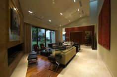 Living in Casa Moro (Mexico) by DIN Interiorismo. Crema Marfil marble and wood are all around