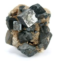 Age Old Perovskite Mineral Offers Promise of Dirt Cheap Solar Power 3d Printing Industry, 3d Printing Technology, Solar Energy, Solar Power, Renewable Energy, Perovskite Solar Cell, Grain Size, Energy Industry, Orange Crystals