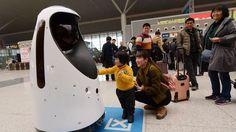 El robot Sheriff E-Patrol usa  tecnología de reconocimiento facial para rastrear criminales