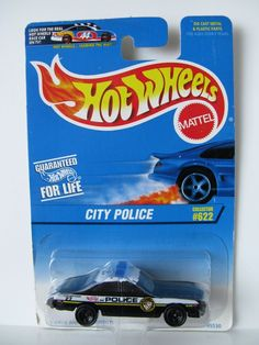 HOT WHEELS 1997 - BUICK REGAL POLICE CAR COLLECTOR BLUE CARD