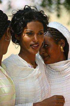 Africa |  Women photographed in Eritrea | ©  Eric Lafforgue
