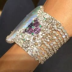 @cartier Étourdissant collection bracelet featuring a 189.34 carat opal alongside purple sapphires, emeralds and diamonds, set in white gold. Via @artadorned !! Amazing!! #highjewelry #finejewelry #hautejewelry #diamonds #opal #emerald #sapphire #fabulous #dream #royal #queen #girl #love #luxury #luxurylife #luxurylifestyle #luxurydesign #luxuryjewelry #luxurystyle #instagood #instagram #inspiration #instamood #instalike #instaabudhabi #weekend #fabulous #amazing #beautiful #dubai #mydubai