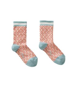 Lovely and soft cotton socks in beautiful summer colors. Ideal to mix & match with other items from Oilily's summer collection.