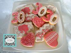 30th birthday feminine cookies.