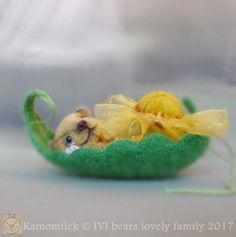 miniature bear Kamomilek By Iveta Rakova - Bear Pile