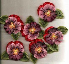 Luty Artes Crochet: Bordados em fitas uns trabalhos mais delicados e charmosos que um dia quero aprender. achei facebook.