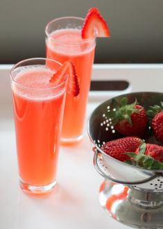 Sunset in Paris 2 oz. strawberry puree 3 oz. St. Germain 4 oz. Brut Rosé 4 oz. club soda