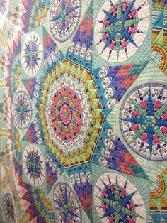 Quilt. I don't think I could ever make this but it sure is pretty & inspiring.