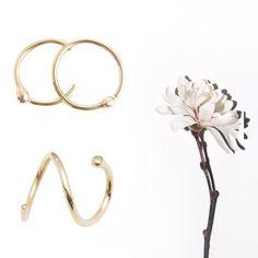 Focus on new designs by Sansoeurs jewellery - mini gold earrings inspired from the piercing environement !  #bijoux #jewel #jewellery #jewelry #schmuck #ädelsten #juvel #juweel #ジュエリー #boucles #earrings #eyrnalokkar #oorbellen #øreringe #örhängen #イヤリング #sansoeurs #piercing #studs