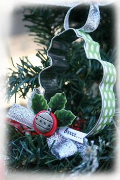 cookie cutter ornaments ... more ideas at the blog