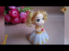 How to bead anime accessory: Barbie Crochet Flower Tutorial, Crochet Flowers, Brick Stitch Tutorial, Beaded Necklace Patterns, Tatting Jewelry, Bead Loom Bracelets, Beaded Crafts, Beading Projects, Loom Beading
