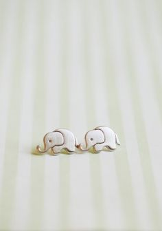 Elephant earrings :) Perfect Christmas present for my old roommate!!