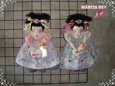 Boneca Manu e Maria.