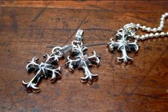 These are cool little guys.  You can get them a white diamond, brown diamond, black diamond, ruby or blue sapphire!