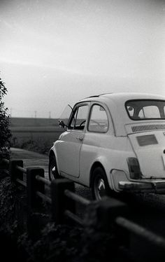Fiat 500 in black and white