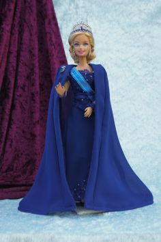 Barbie as a Dutch Royal family member. Queen off http Holland. Made by me. ://barbie.gabrielle-art.nl/#!home