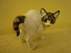 A Rosenthal Cat. Theodor Karner. For sale.