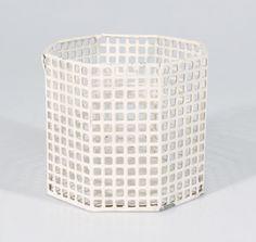 ¤ Vase by Hoffmann, Josef (1870) ; Wiener Werkstätte Wien (Europa, Österrike//austria) 1895/1915 œuvre d'art en métal;: RKM 170:b-1996; Provenance: Röhsska museet, Göteborg