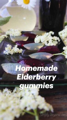 Healthy Food Choices, Healthy Foods To Eat, Healthy Tips, Healthy Recipes, Natural Cold Remedies, Cold Home Remedies, Herbal Remedies, Health Remedies, Elderberry Gummies