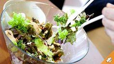 Салат с финиками, орехами и индейкой