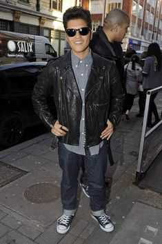Bruno Mars Leather Jacket - Bruno is right on trend in a leather jacket and converse shoes at the BBC Radio One studios.