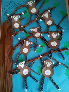 Orman haftası ♥ :) Rainforest Crafts, Rainforest Theme, Kids Crafts, Diy And Crafts, Paper Crafts, Monkey Crafts, Monkey Art, Kindergarten Crafts, Preschool Crafts