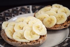 bananas and peanut butter on english muffin