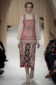 Valentino Spring 2015 Couture Runway - Vogue