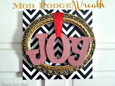 http://www.chasethestar.net, mod podge, christmas wreath, christmas, wreath, chevron, thrift store