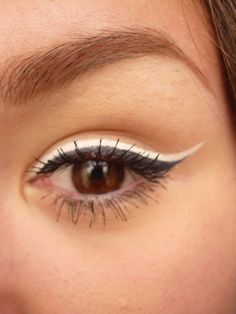 Double black eyeliner.. could try with other eyeliner colours as well :)