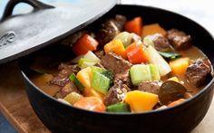 Maatalon lihapata Swedish Recipes, New Recipes, Snack Recipes, Snacks, Yummy Recipes, Recipies, Pot Roast, Food Inspiration, Stew