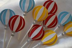 Hot Air Balloon cupcake toppers by MemoriesBlossom on Etsy https://www.etsy.com/listing/166117121/hot-air-balloon-cupcake-toppers