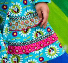 Mädchenkleid Drehkleid mit Rüschen Schnitt Henrika von farbenmix
