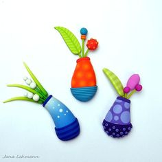 Flower Vase Brooches in polymer clay by Jana Lehmann