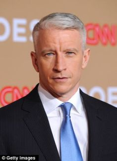 Anderson Cooper flashes his fashion credentials at CFDA awards ...