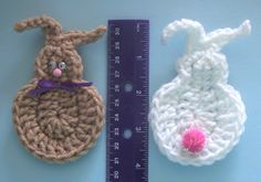 EASTER BUNNY PIN OR FRIDGIE free crochet pattern