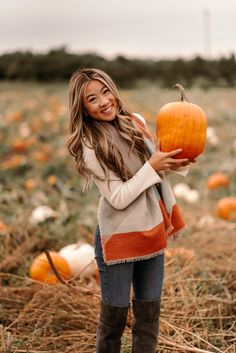 The Easiest Fall Accessory - Marisa Kay Outfits Casual, Cute Fall Outfits, Fall Fashion Outfits, Halloween Outfits, Autumn Fashion, Legging Outfits, Outfit Jeans, Karen Walker, Inktober