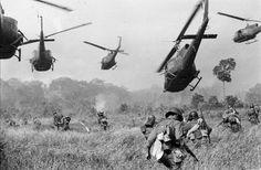 Helicopters & fighting in Vietnam war.