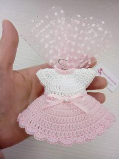 Crochet Baby Bibs, Crochet Baby Clothes, Crochet Bear, Crochet Dolls, Free Crochet, Crochet Hats, Baby Bibs Patterns, Baby Knitting Patterns, Crochet Patterns