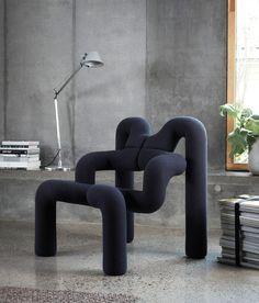 Varier Ekstrem - Back in Action The Ekstrem chair by Norwegian furniture designer Terje Ekstrøm Funky Furniture, Home Furniture, Furniture Design, Unusual Furniture, Design Shop, Long Chair, Multipurpose Furniture, Nordic Design, Modern Chairs