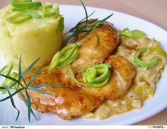 Czech Recipes, Poultry, Chicken Recipes, Food And Drink, Menu, Cooking Recipes, Homemade, Dinner, Czech Food