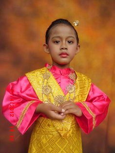 Traditional clothes of Indonesia
