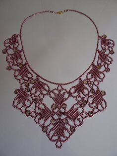 Beaded Bracelet Patterns, Jewelry Patterns, Beading Patterns, Beaded Bracelets, Seed Bead Necklace, Diy Necklace, Crochet Necklace, Beaded Jewelry Designs, Bead Jewellery