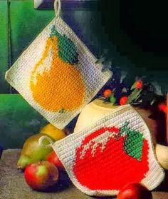 Su Crochet: agarraderas Crochet Potholder Patterns, Crochet Stitches For Blankets, Granny Square Crochet Pattern, Crochet Home Decor, Crochet Art, Love Crochet, Granny Square Häkelanleitung, Diy Y Manualidades, Crochet Kitchen