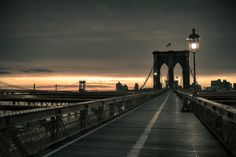 Brooklyn Bridge at Sunrise | John Batdorff Photography #brooklyn
