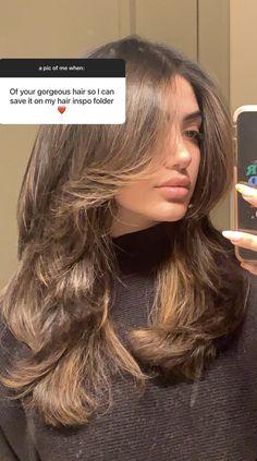 Haircuts Straight Hair, Long Hair Cuts, 70s Haircuts, Vintage Haircuts, Brown Hair Balayage, Hair Highlights, Hair Inspo, Hair Inspiration, Medium Hair Styles