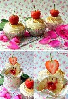 Cupcakes de cheesecake y fresa