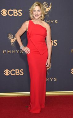 Edie Falco: Best Dressed Stars at 2017 Emmy Awards