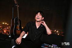 Wonpil (DAY6)  ƒσłłσω: @AlienGabs51 σห тω¡ттεя Kim Wonpil, Day6, Bias Wrecker, Mini Albums, Concert, Chicken, Concerts, Extended Play, Mini Scrapbooks