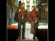 Glen Hansard and Markéta Irglová - Falling Slowly. Love this movie, love this song, love them!